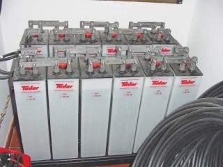 Instalación solar Grupo de Batería 868Ah 24V _TECNOSOL